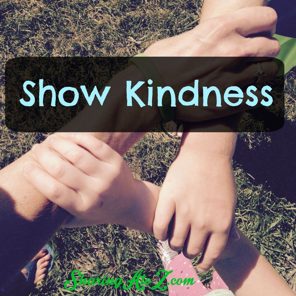 Show kindness hands